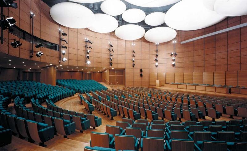 interno auditorium.jpg